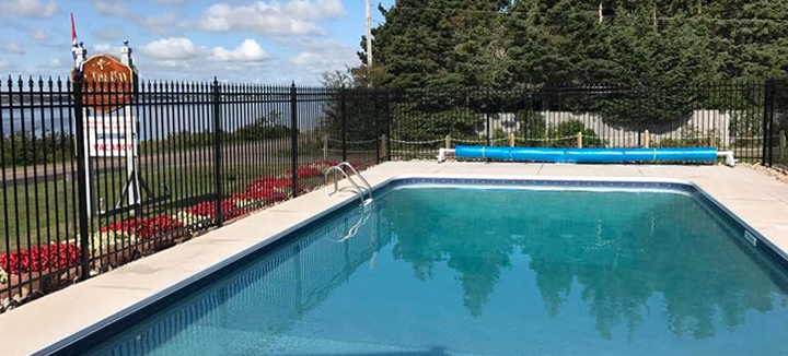 cottages-pool